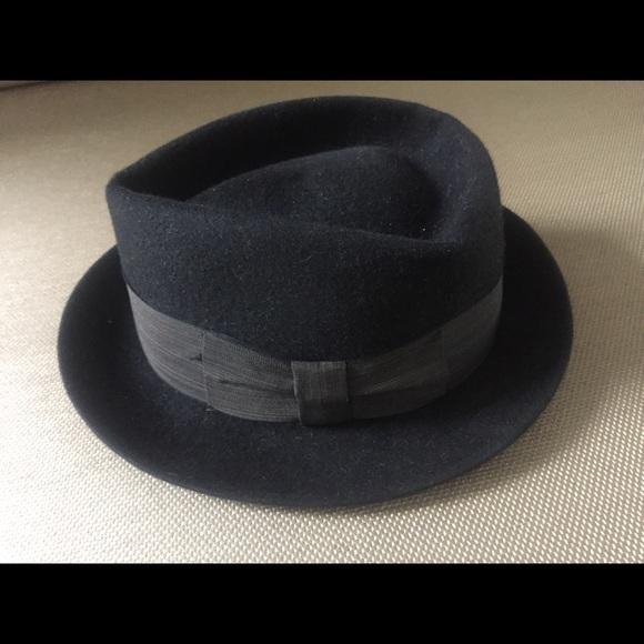 ded75d6b4c340 Vintage Stetson - The Gun Club Hat. M 5b0061adcaab44a19f69f195